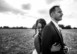 marié dos à la mariée photographe Mariage Angers le mans maine et loire